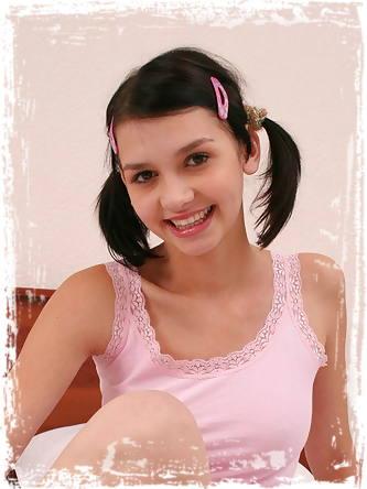 Abigail 18 XXX Images